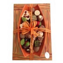 Canoa con chocolates..